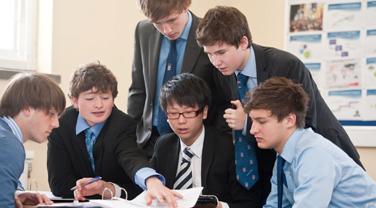 2018年英国高中留学费用介绍